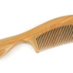髪の毛をくしでとかしてから乾かすと、ツルツルになりすぎるという感動