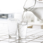 脱水症状とイライラの関係。水分不足がイライラの原因になる